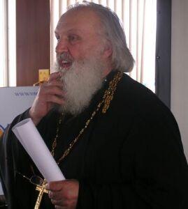 Ректор Уральского института бизнеса, д.э.н. проф. отец Александр Миняйло
