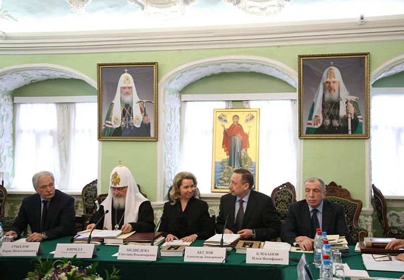 Заседание Общественно-попечительского совета по возрождению кронштадтского Морского собора свт. Николая Чудотворца