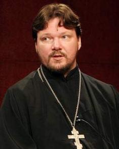 Священник Георгий Рощин