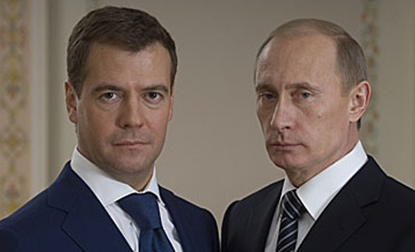 Медведев предложил Путина на  пост президента России