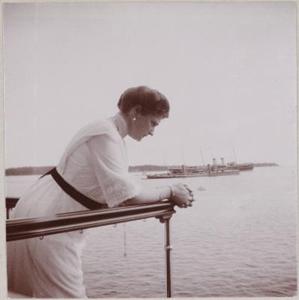 Императрица Александра Феодоровна на яхте *Штандарт*