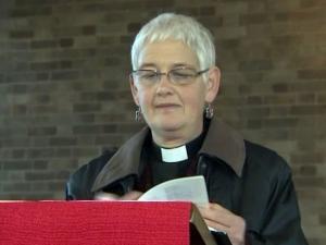 Англиканская священница