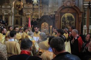 Митрополит Екатеринодарский Исидор освятил восстановленный Дроздовский киот с иконой Архистратига Божия Михаила