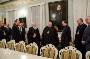 Митрополит Виннипега и всей Канады Юрий (Калищук) и лже-патриарх Филарет (Денисенко)