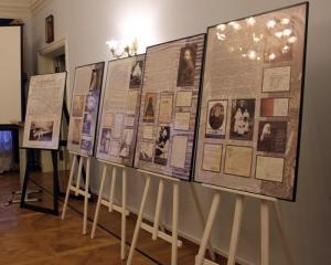 В Марфо-Мариинской обители открылась выставка о репрессированных в XX веке сестрах монастыря