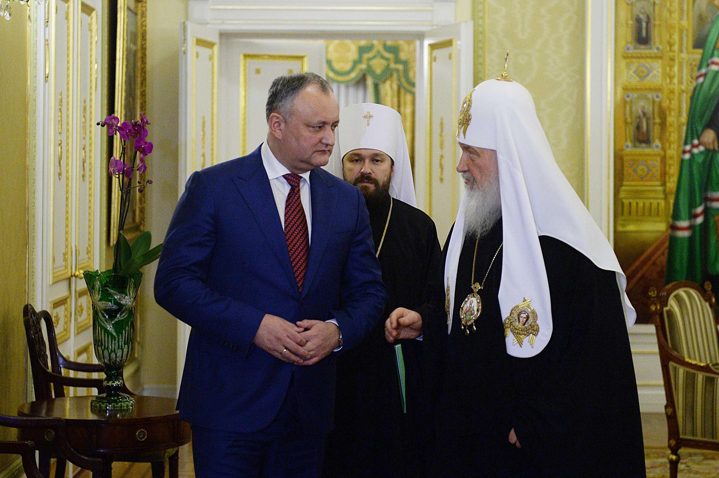 Додон назвал два сценария улучшения отношений между Молдовой иРоссией