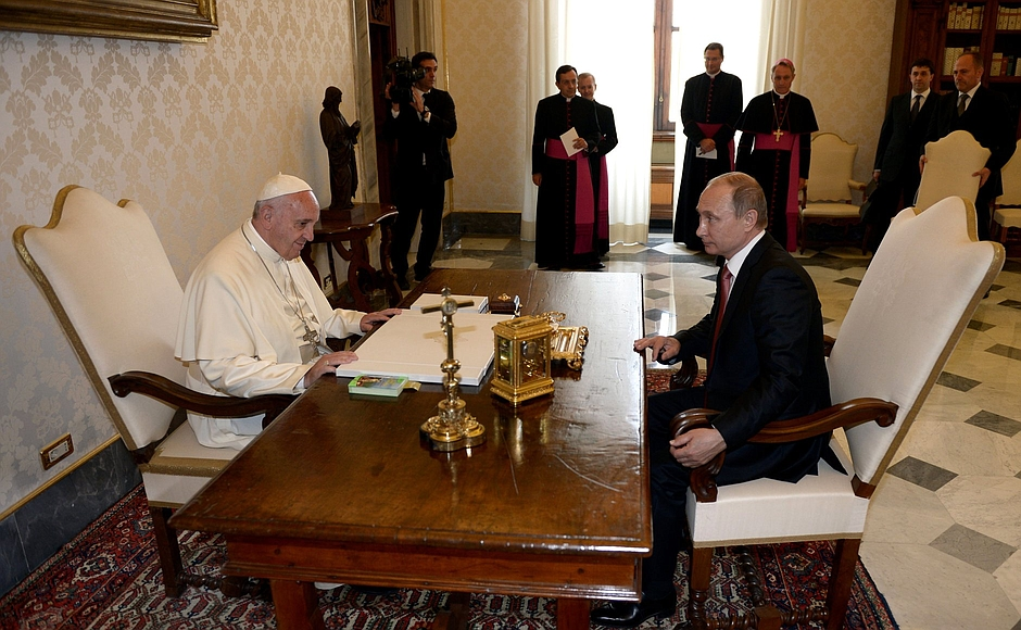В.Путин и папа Франциск