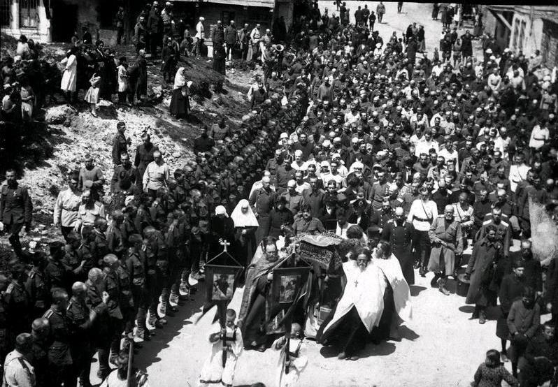 Вынос плащаницы в Галлиполи в 1921г.