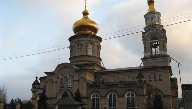 Свято-Покровский храм, расположенный в посёлке Старомихайловка