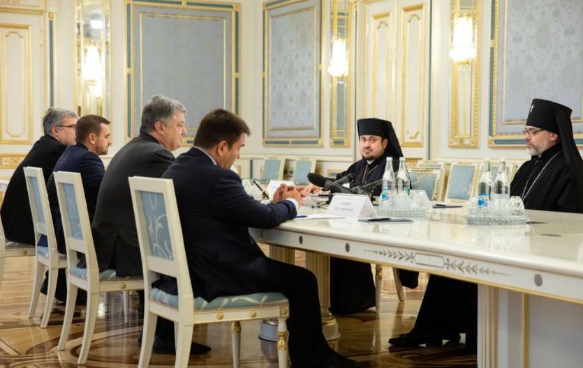 Петр Порошенко принял экзархов Константинопольского Патриархата