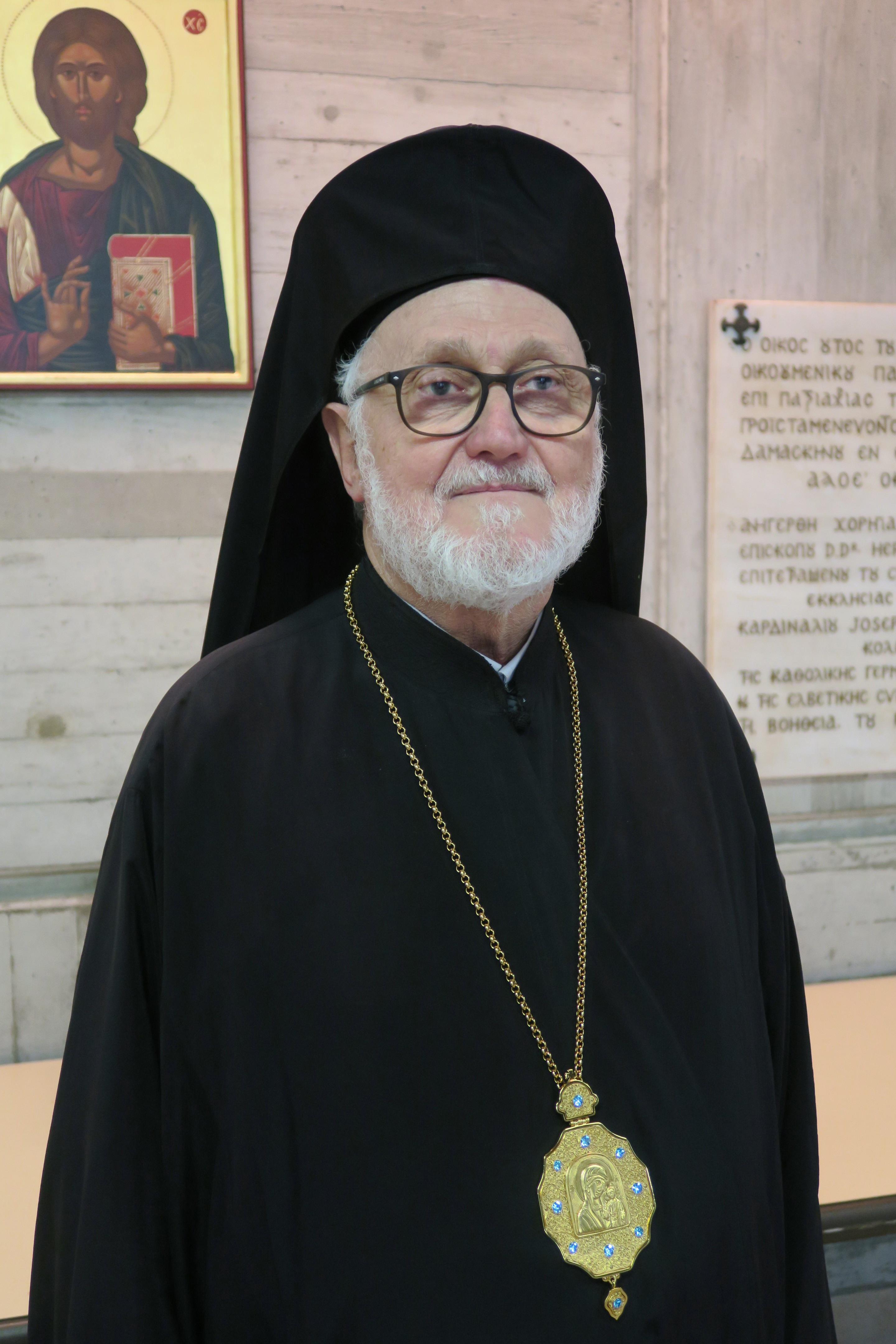 Глава Русского экзархата в Западной Европе архиепископ Хариупольский Иоанн