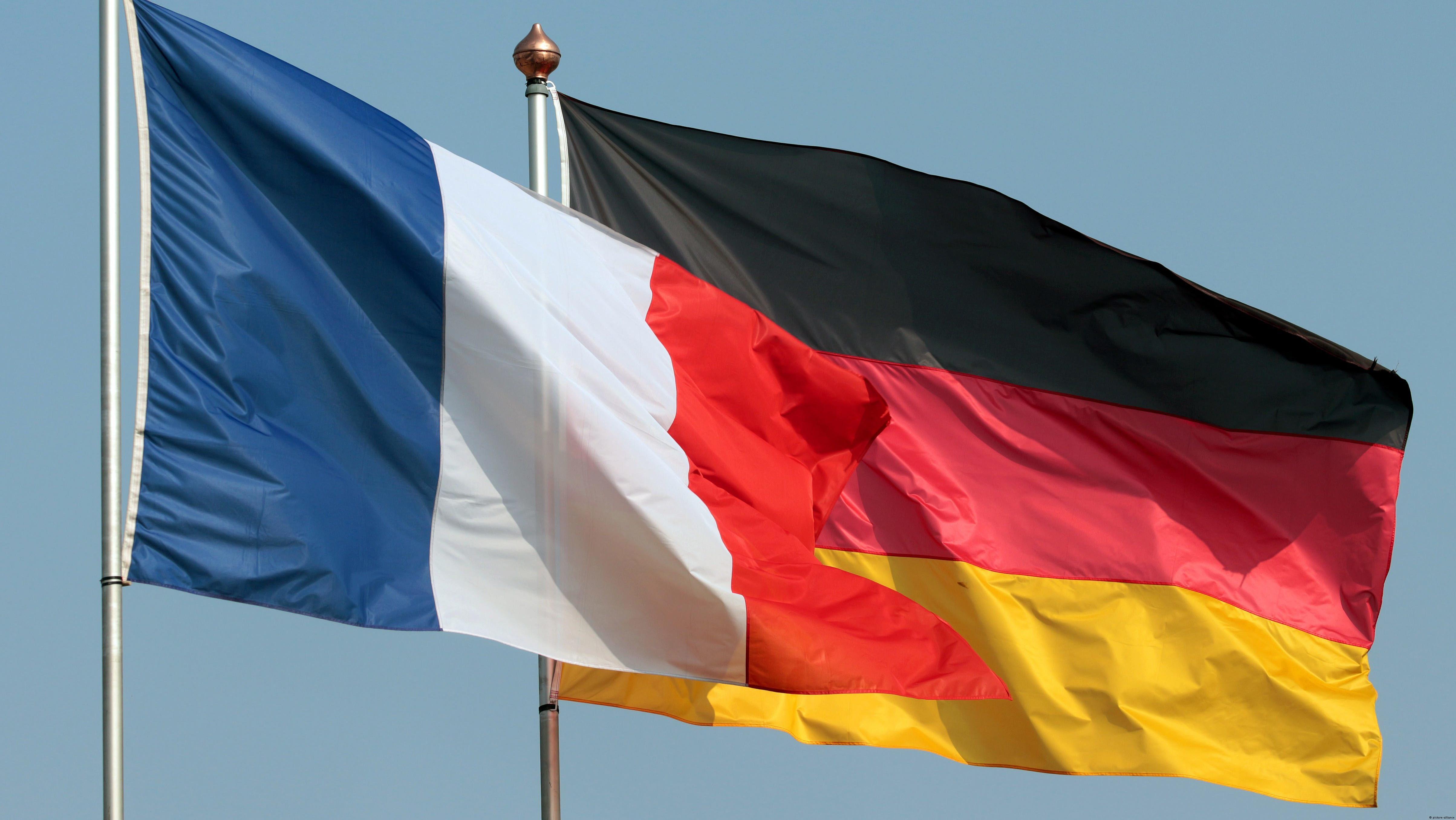 Флаги Франции и Германии