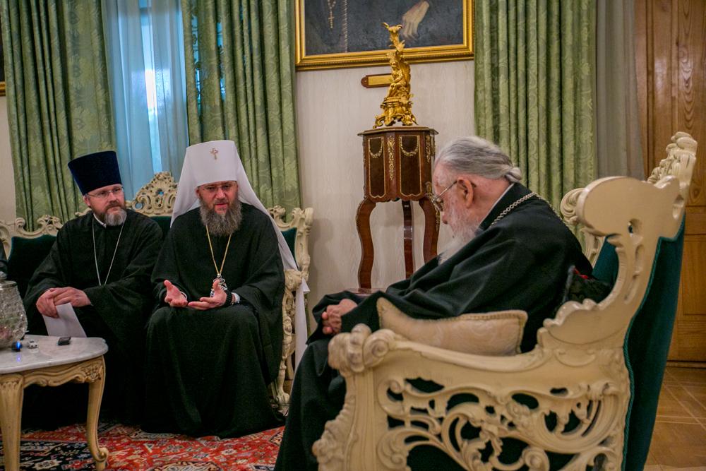 Патриарх Грузинский Илия принял управделами УПЦ митрополита Антония