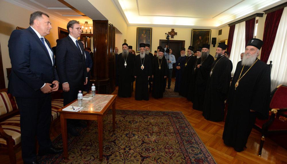 Встреча членов Священного Синода Сербской Православной Церкви с Александром Вучичем и Милорадом Додиком
