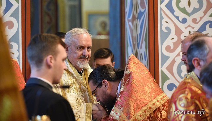 Черногорский раскольник Боян Бойович на службе с митрополитом Галльским Эмануилом в Киеве
