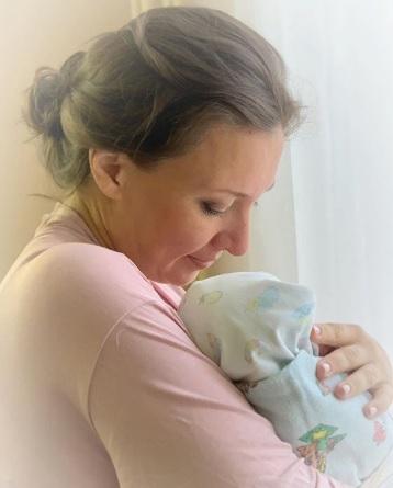 Анна Кузнецова родила седьмого ребёнка