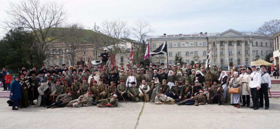 В Крыму отметили 100-летие Русского Исхода